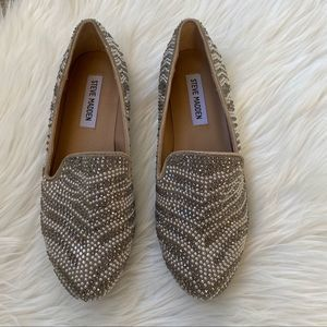 Steve Madden Conncord Pewter Studded Smoking Flats
